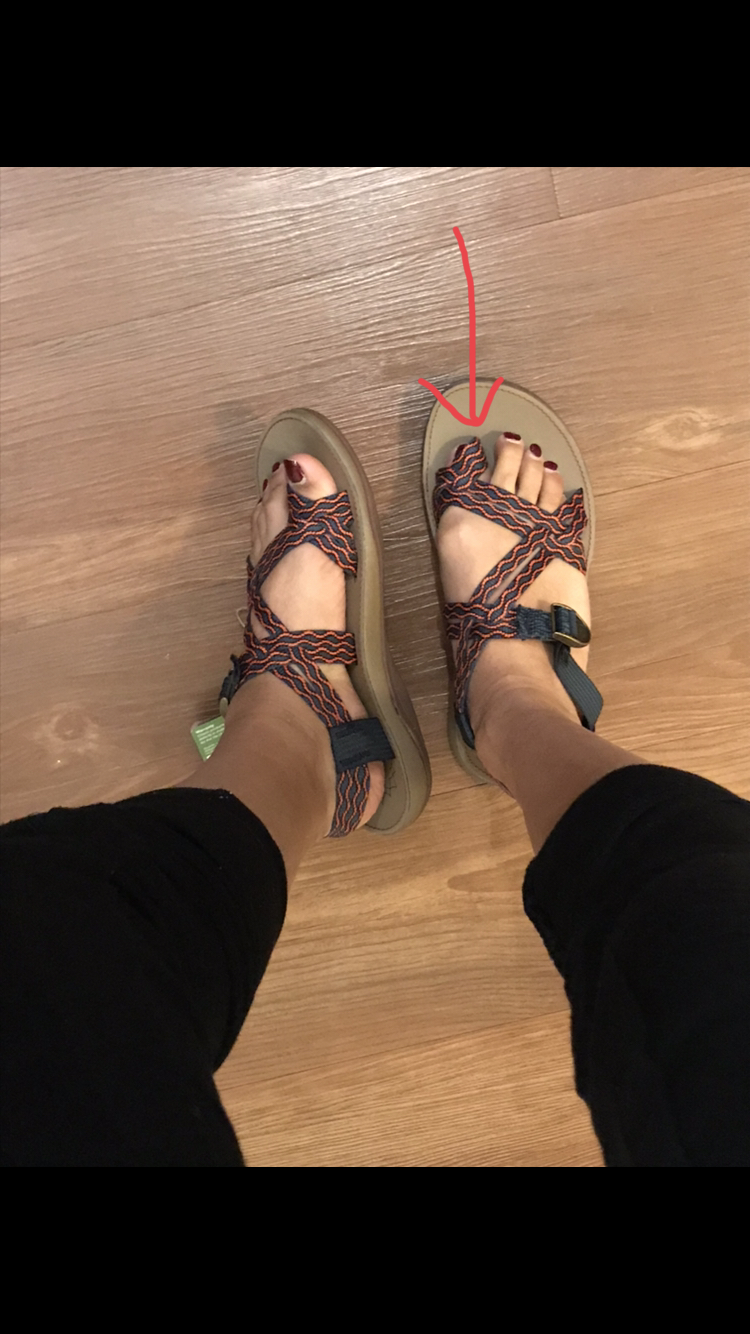 03b55cca495e When I tried the right sandal my toe would not go in at all. The toe strap  was smaller then the left one and could not be adjusted.